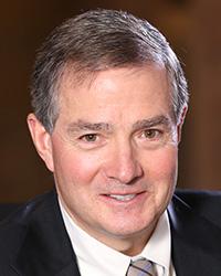 Gardner Dunn, vicepresidente, Ventas